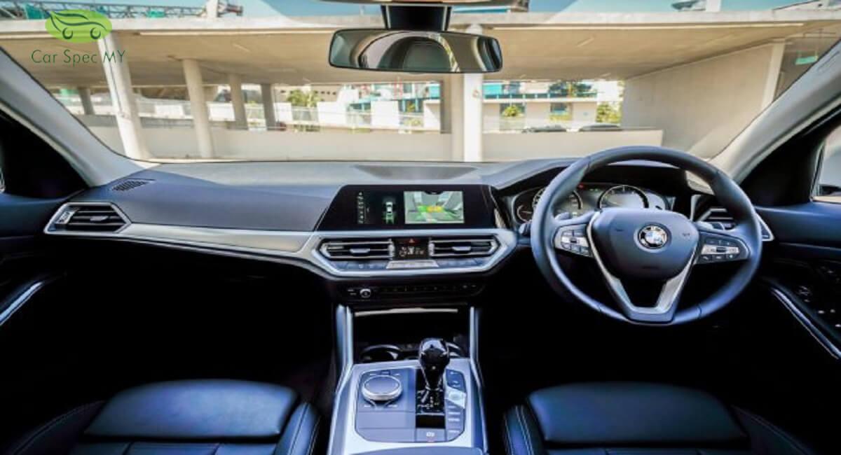 BMW 320i interior 2020